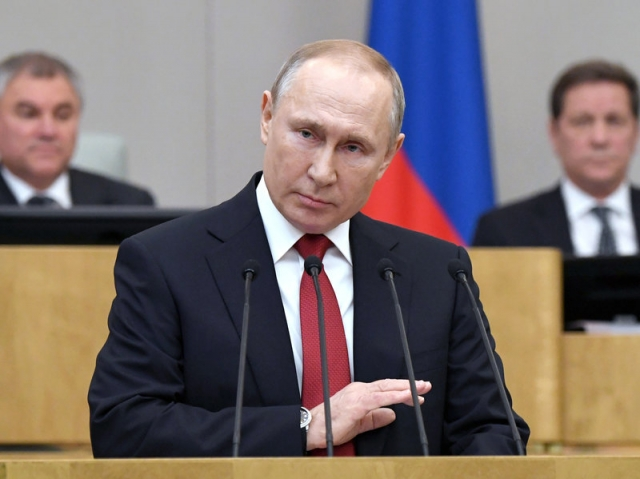 Russians overwhelmingly back constitutional reforms allowing Putin to extend rule